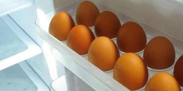 Suka Simpan Telur di Kulkas Waspadai Hal ini!