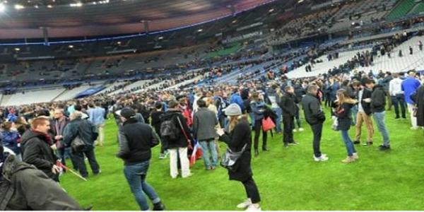 Bom-Bunuh-Diri-Meledak-di-Stade-de-Francepng