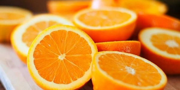 Inilah Manfaat Ajaib Rutin Minum Jus Jeruk Setiap Pagi