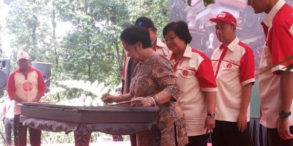 Usai Bendungan, Kini Kebun Raya Baturraden yang Diresmikan Megawati