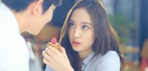 Terpesona dengan Yoon Kyung San, Ini Reaksi Krystal di Drama Some Day!