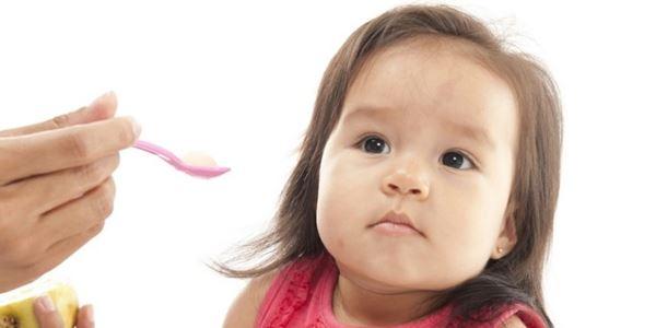 3 Makanan Sehat yang Direkomendasikan untuk Bayi Berusia 10 Bulan
