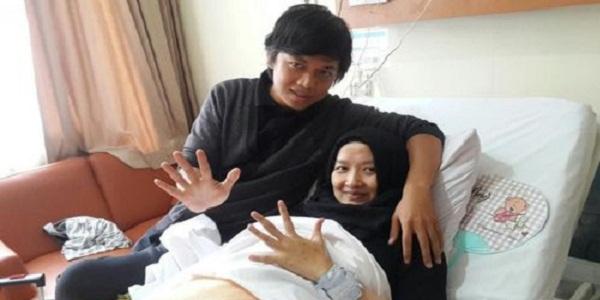 Ibu Sholikhati Lahirkan Bayi kembar 5