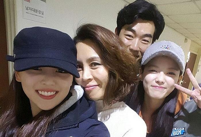 Intip Cantiknya Kakak Kim Yoo Jung Yang Menarik Perhatian Netizen
