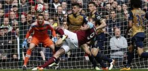 Andy Carrol Hattrick, Arsenal Gagal Kalahkan West Ham United