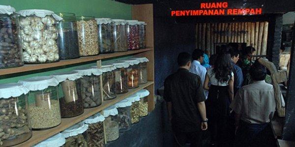 Cara Asik Belajar Sejarah Kota Malang di Museum Tempo Doeloe 3