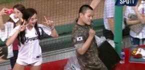 Seorang Tentara Berhasil Tarikan Koreo 'Cheer Up' TWICE Dengan Sempurna