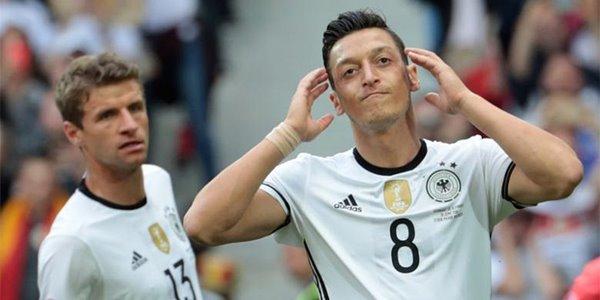 Adu Penalti, Jerman Sukses Buat Fans Italia Menangis