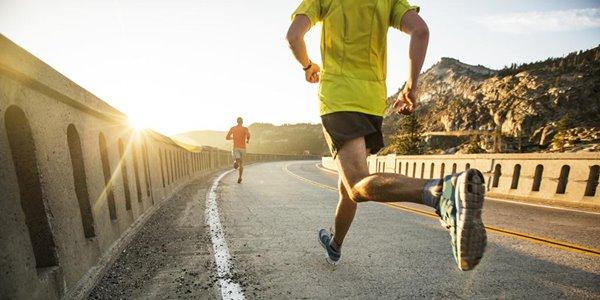 Suka Lari Pagi? Inilah 4 Tips Memilih Peralatan Olahraga untuk Lari