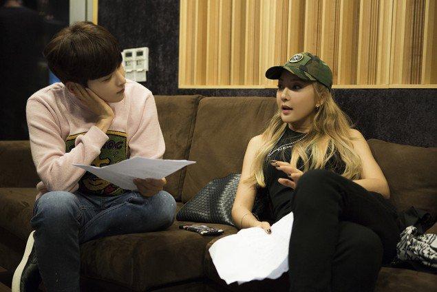 """Kolaborasi, Ryeowook dan Bada Suguhkan """"Cosmic"""" Love di 'SM Station'"""