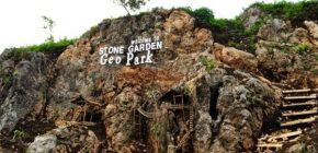 Menikmati Pesona Bebatuan Artistik di Stone Garden Bandung