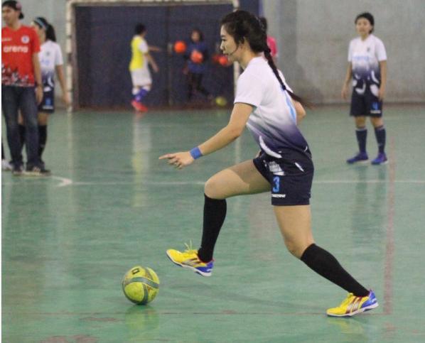 Fithri Syamsu, Pemain Futsal Wanita Berwajah Cantik Bak Model 2