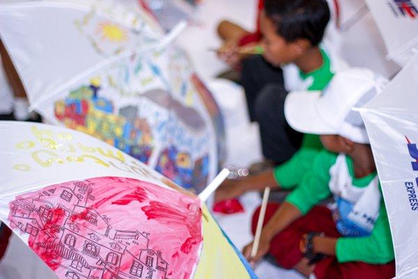 Usung Tema Mewarnai Indonesia, JNE Rayakan Ultah dengan Rekor MURI