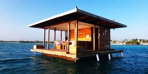 Manta Resort – Underwater Room,