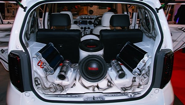 Ingin Modif Audio, Inilah Tips Beli Audio Mobil Secara Online